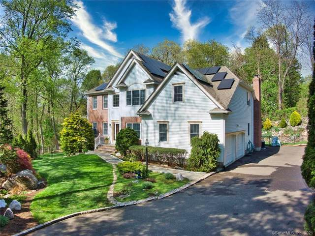 28 Still Meadow Place, Fairfield, CT 06824 (MLS #170397314) :: Michael & Associates Premium Properties | MAPP TEAM