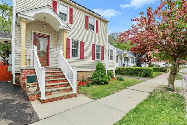 122 Center Street, Stamford, CT 06906 (MLS #170397399) :: Next Level Group