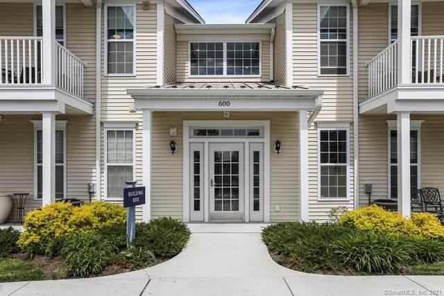 624 Center Meadow Lane #624, Danbury, CT 06810 (MLS #170397423) :: Around Town Real Estate Team