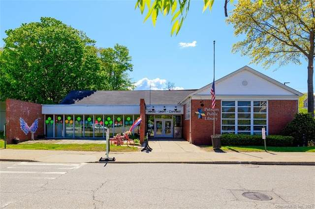 225 Kennedy Drive, Putnam, CT 06260 (MLS #170397729) :: Michael & Associates Premium Properties | MAPP TEAM