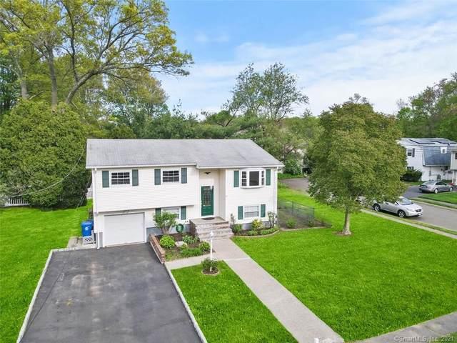19 3 Seasons Lane, Norwalk, CT 06854 (MLS #170398342) :: Spectrum Real Estate Consultants