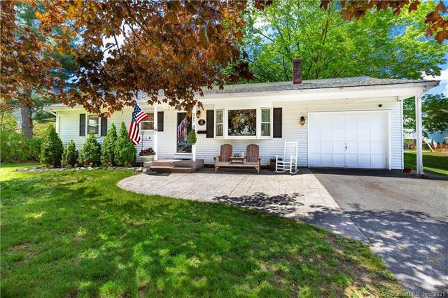 207 Naubuc Avenue, East Hartford, CT 06118 (MLS #170398862) :: Around Town Real Estate Team