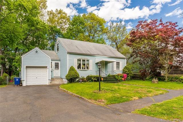 335 Lynne Place, Bridgeport, CT 06610 (MLS #170398997) :: Coldwell Banker Premiere Realtors