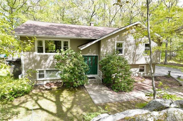 39 Flax Hill Road, Brookfield, CT 06804 (MLS #170400457) :: Kendall Group Real Estate | Keller Williams
