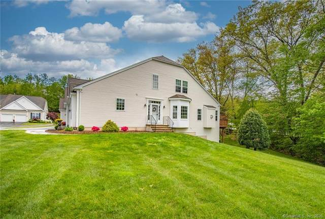 17 Meadowview Court #17, Canton, CT 06019 (MLS #170400652) :: Hergenrother Realty Group Connecticut