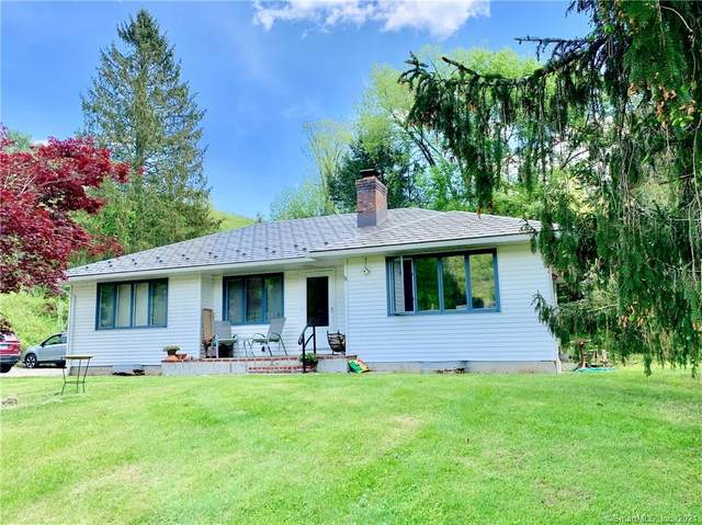 4 Hickory Lane, Cornwall, CT 06754 (MLS #170401051) :: Michael & Associates Premium Properties | MAPP TEAM