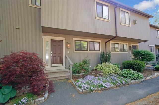 9 Edgehill Court #9, Woodbury, CT 06798 (MLS #170401084) :: Tim Dent Real Estate Group