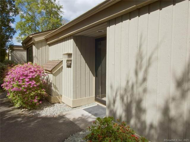 400 Heritage Village B, Southbury, CT 06488 (MLS #170401091) :: Kendall Group Real Estate | Keller Williams