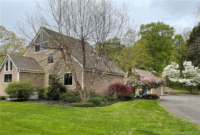 13 Chapman Place, Redding, CT 06896 (MLS #170402202) :: Spectrum Real Estate Consultants
