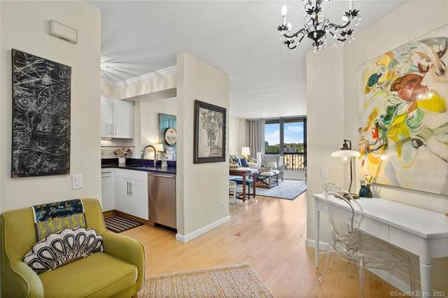 25 Forest Street 12F, Stamford, CT 06901 (MLS #170402334) :: The Higgins Group - The CT Home Finder