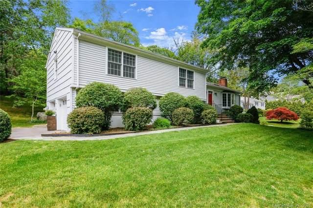 14 Pleasant Valley Lane, Westport, CT 06880 (MLS #170402415) :: Spectrum Real Estate Consultants