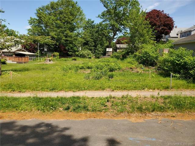 13 Paramount Avenue, Hamden, CT 06517 (MLS #170403253) :: Michael & Associates Premium Properties   MAPP TEAM