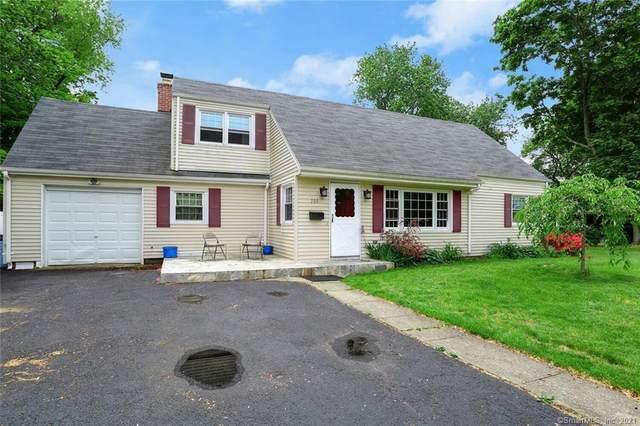 105 Sanford Place, Stratford, CT 06614 (MLS #170403338) :: Spectrum Real Estate Consultants