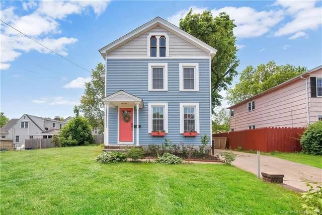 92 Putnam Avenue, Hamden, CT 06518 (MLS #170403744) :: Michael & Associates Premium Properties   MAPP TEAM