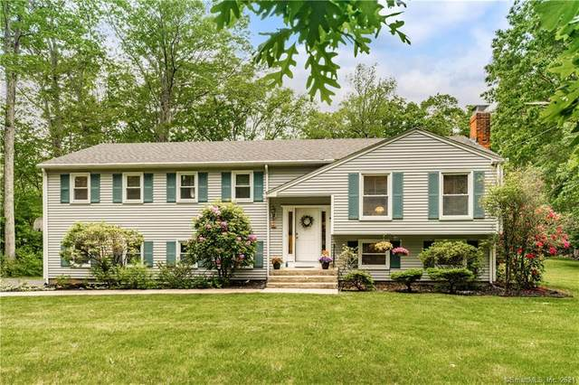 173 W Mountain Road, Simsbury, CT 06092 (MLS #170403865) :: Spectrum Real Estate Consultants
