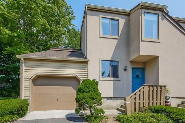 17 Palmer Street #8, Greenwich, CT 06807 (MLS #170404864) :: Spectrum Real Estate Consultants