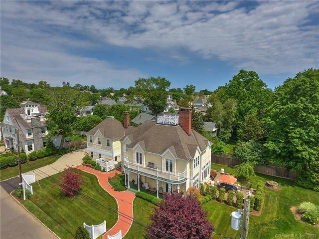 8 Apple Tree Trail, Westport, CT 06880 (MLS #170405092) :: Michael & Associates Premium Properties | MAPP TEAM