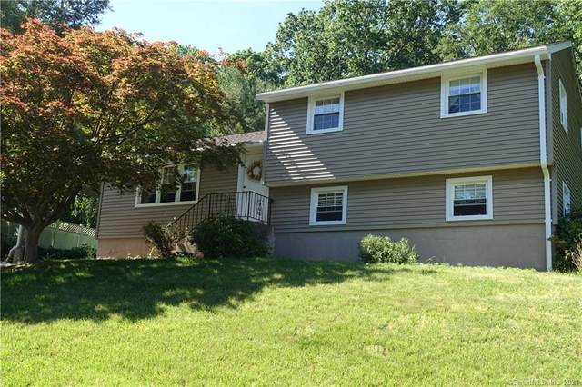 20 Timber Hill Road, Plainville, CT 06062 (MLS #170405121) :: Coldwell Banker Premiere Realtors