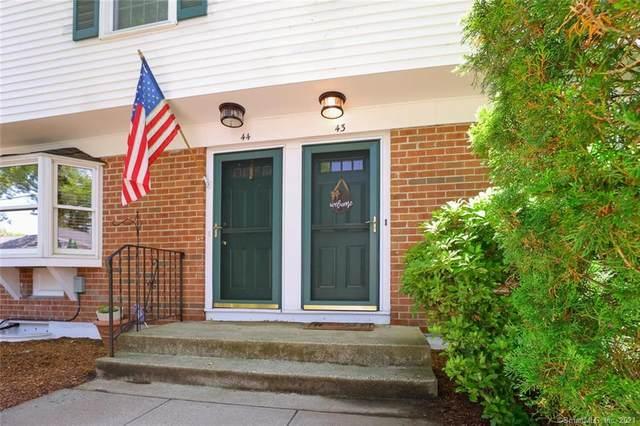 245 Sunnyridge Avenue #43, Fairfield, CT 06824 (MLS #170405272) :: Spectrum Real Estate Consultants