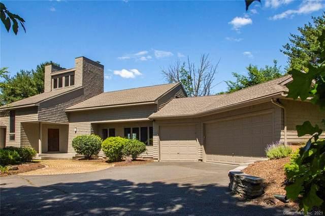 23 Metacom Drive, Simsbury, CT 06070 (MLS #170405370) :: Spectrum Real Estate Consultants
