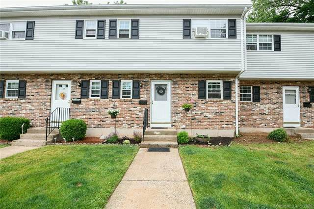 28 Carter Heights #28, Southington, CT 06479 (MLS #170405590) :: Coldwell Banker Premiere Realtors