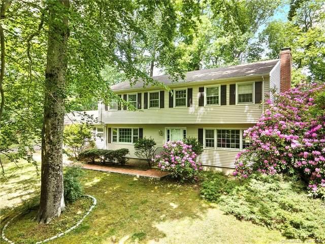 26 Burr School Road, Westport, CT 06880 (MLS #170406197) :: Spectrum Real Estate Consultants
