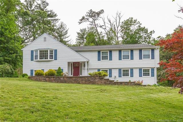 32 Chestnut Hill Road, Simsbury, CT 06092 (MLS #170406317) :: Spectrum Real Estate Consultants