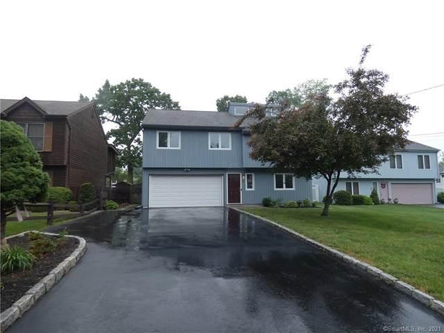 9 Oakledge Circle, Norwalk, CT 06854 (MLS #170406992) :: Team Feola & Lanzante | Keller Williams Trumbull