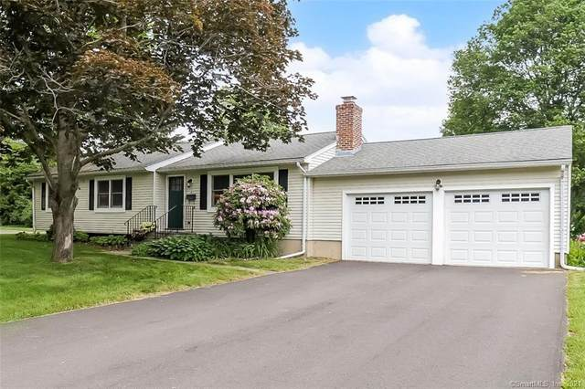 8 Rosemary Lane, Guilford, CT 06437 (MLS #170407526) :: The Higgins Group - The CT Home Finder