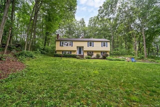 68 Oriole Circle, Guilford, CT 06437 (MLS #170407576) :: The Higgins Group - The CT Home Finder