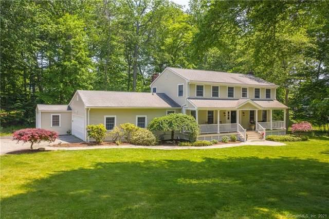 28 Burr School Road, Westport, CT 06880 (MLS #170408175) :: Spectrum Real Estate Consultants