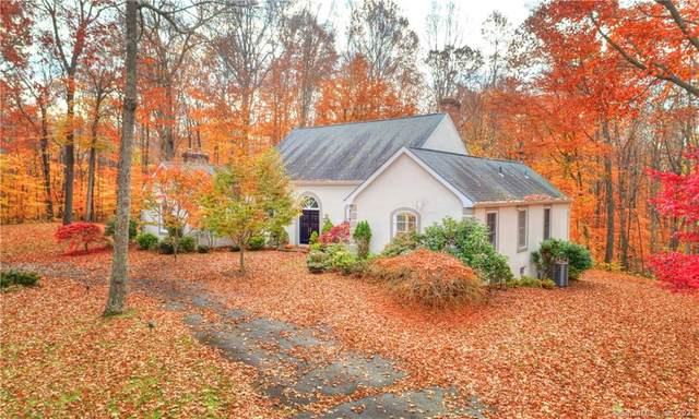 80 Den Hollow Road, Guilford, CT 06437 (MLS #170408203) :: The Higgins Group - The CT Home Finder
