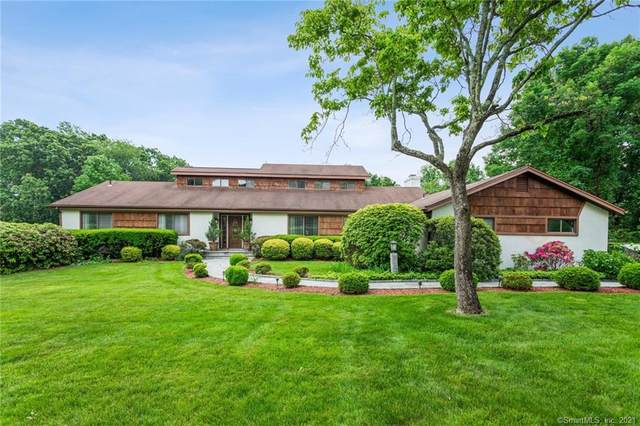 74 Fairway Drive, Stamford, CT 06903 (MLS #170408302) :: The Higgins Group - The CT Home Finder