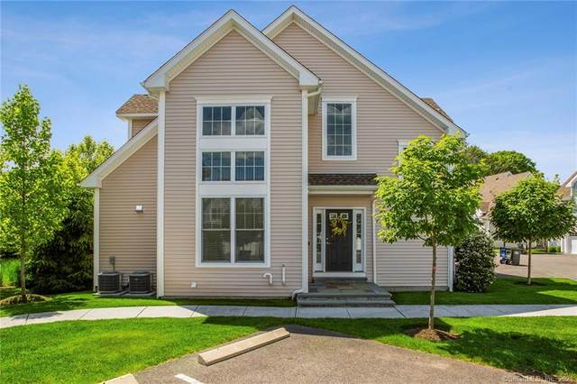 39 Copper Square Drive #39, Bethel, CT 06801 (MLS #170408432) :: The Higgins Group - The CT Home Finder