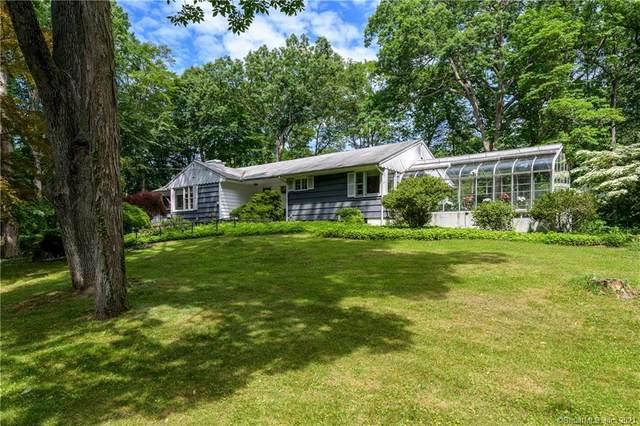 189 Blackwood Lane, Stamford, CT 06903 (MLS #170408439) :: Spectrum Real Estate Consultants