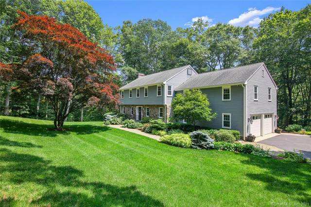 180 Fox Run Road, New Canaan, CT 06840 (MLS #170408525) :: The Higgins Group - The CT Home Finder