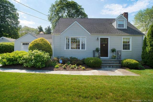 25 Millspaugh Drive, Fairfield, CT 06824 (MLS #170408601) :: The Higgins Group - The CT Home Finder