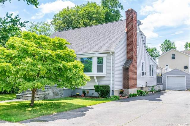 685 Fairview Avenue, Bridgeport, CT 06606 (MLS #170409334) :: The Higgins Group - The CT Home Finder