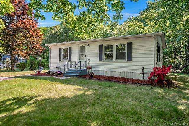 44 Stone Hedge Road, Westbrook, CT 06498 (MLS #170409385) :: Carbutti & Co Realtors