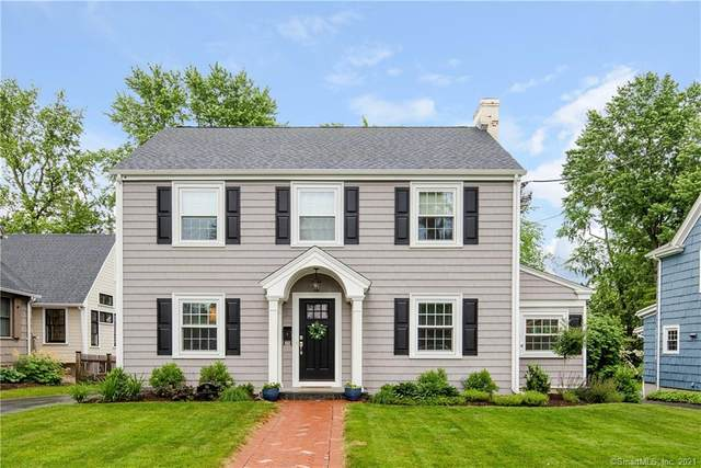 96 Four Mile Road, West Hartford, CT 06107 (MLS #170409396) :: Anytime Realty