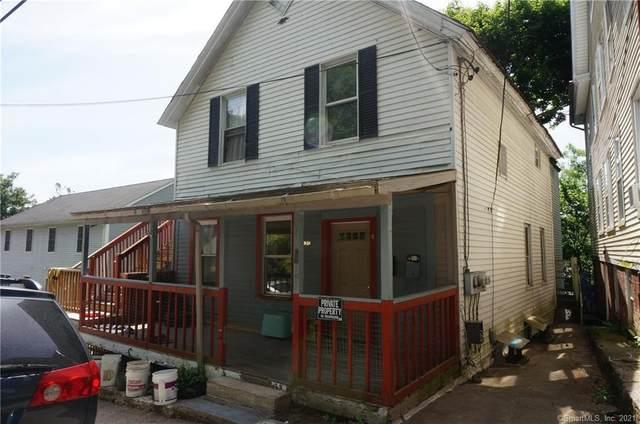 135 Cliff Street, Norwich, CT 06360 (MLS #170409485) :: Spectrum Real Estate Consultants