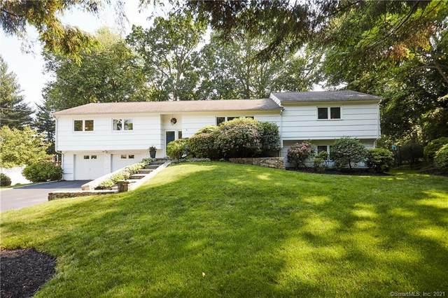 4 Nappa Lane, Westport, CT 06880 (MLS #170409667) :: The Higgins Group - The CT Home Finder