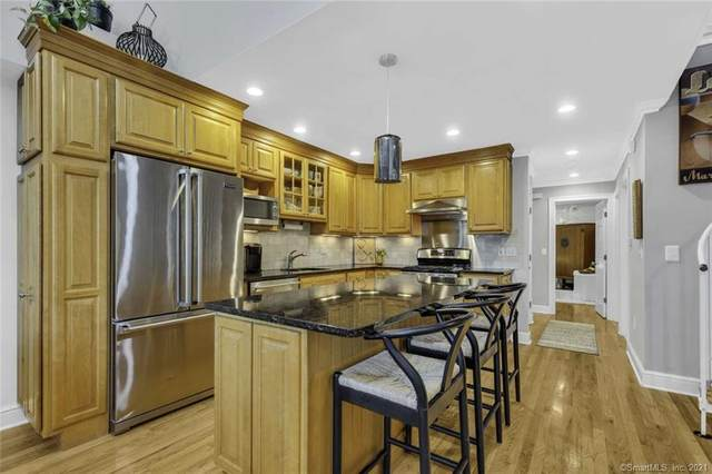 76 New Canaan Avenue #7, Norwalk, CT 06850 (MLS #170409835) :: The Higgins Group - The CT Home Finder