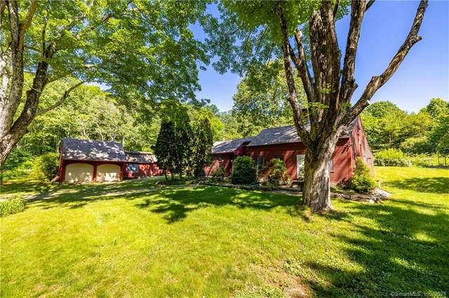 28 Old Chestnut Hill Road, East Hampton, CT 06424 (MLS #170409891) :: Mark Boyland Real Estate Team