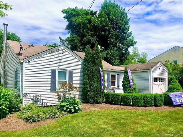 10 Reservoir Avenue, Norwalk, CT 06850 (MLS #170409922) :: Spectrum Real Estate Consultants
