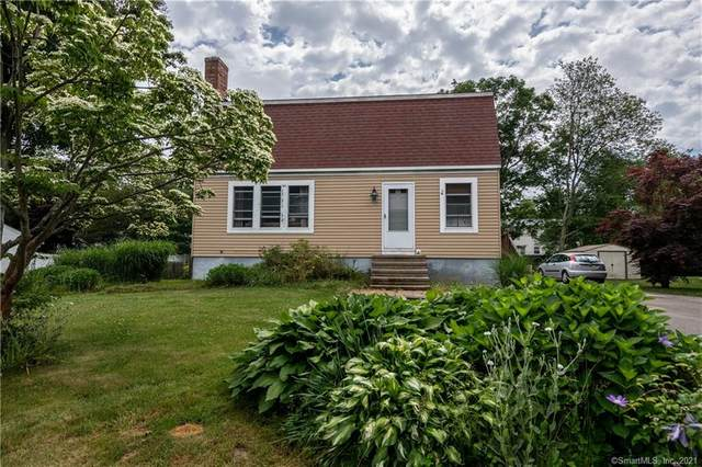 6 College Street, Clinton, CT 06413 (MLS #170410052) :: GEN Next Real Estate