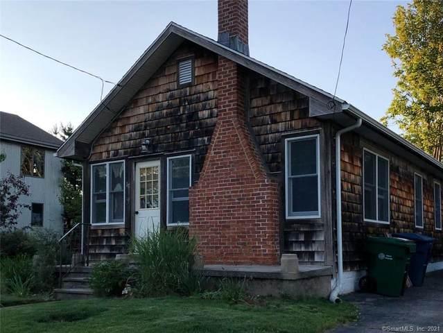 17 Bishop Street, Waterford, CT 06385 (MLS #170410254) :: Team Feola & Lanzante | Keller Williams Trumbull