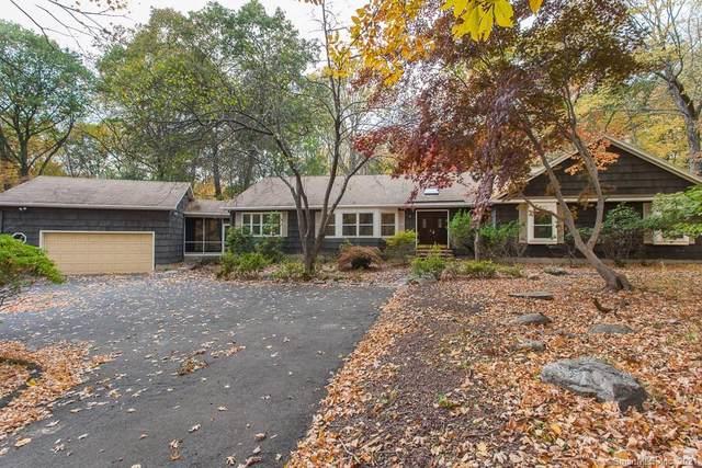 124 Peck Hill Road, Woodbridge, CT 06525 (MLS #170410258) :: Carbutti & Co Realtors