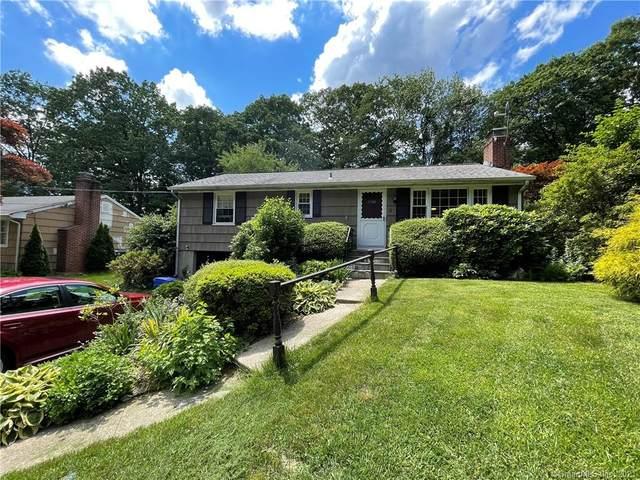 11 Cobblers Lane, Norwalk, CT 06851 (MLS #170410334) :: Spectrum Real Estate Consultants