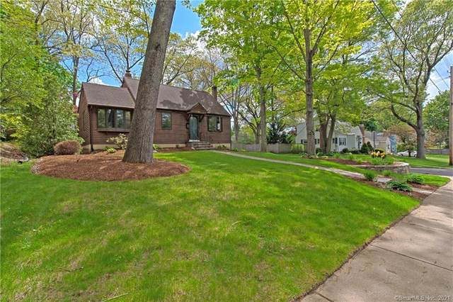 82 Chambers Street, Manchester, CT 06042 (MLS #170410394) :: Spectrum Real Estate Consultants